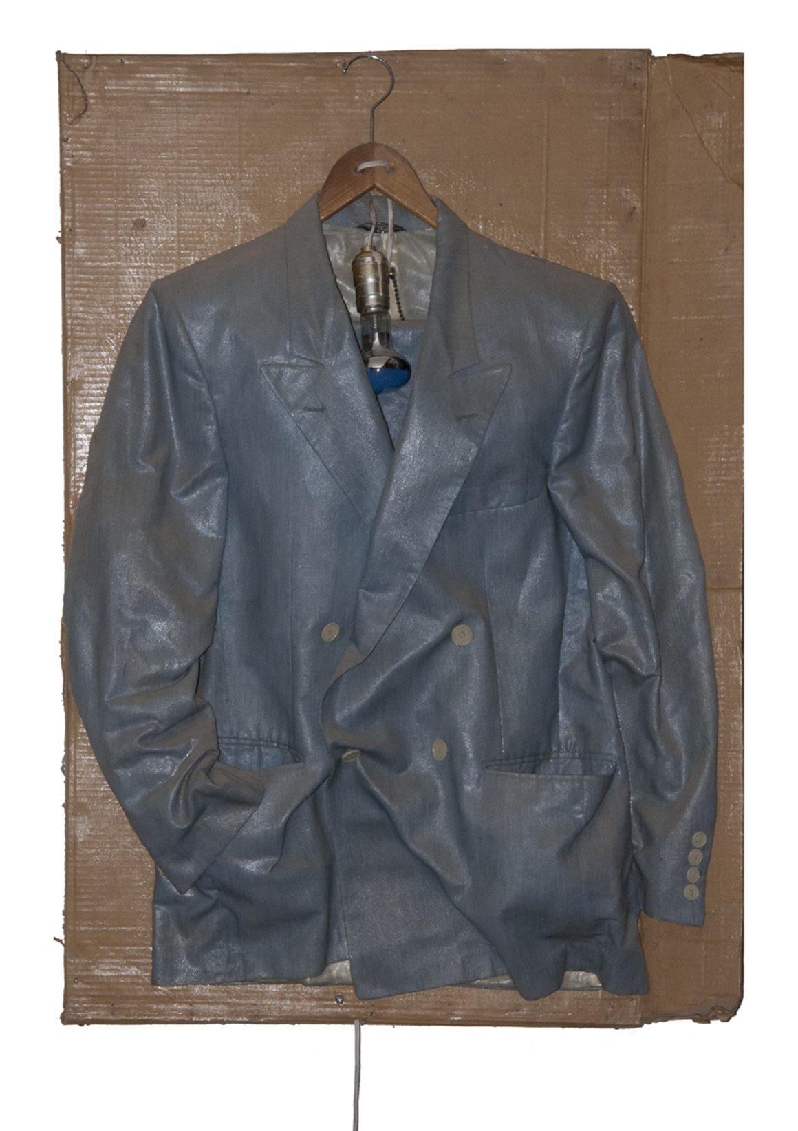 "<p><span class=""name"">Fritz Fox</span><br><em>Suit Jacket Night Light</em><span class='media'>mixed media</span>199<br><a class='inquire' href='mailto:info@gildargallery.com?subject=Artwork Inquiry FFOX0003&body=I am interested in finding out more about Suit Jacket Night Light by Fritz Fox'>Inquire</a></p>"