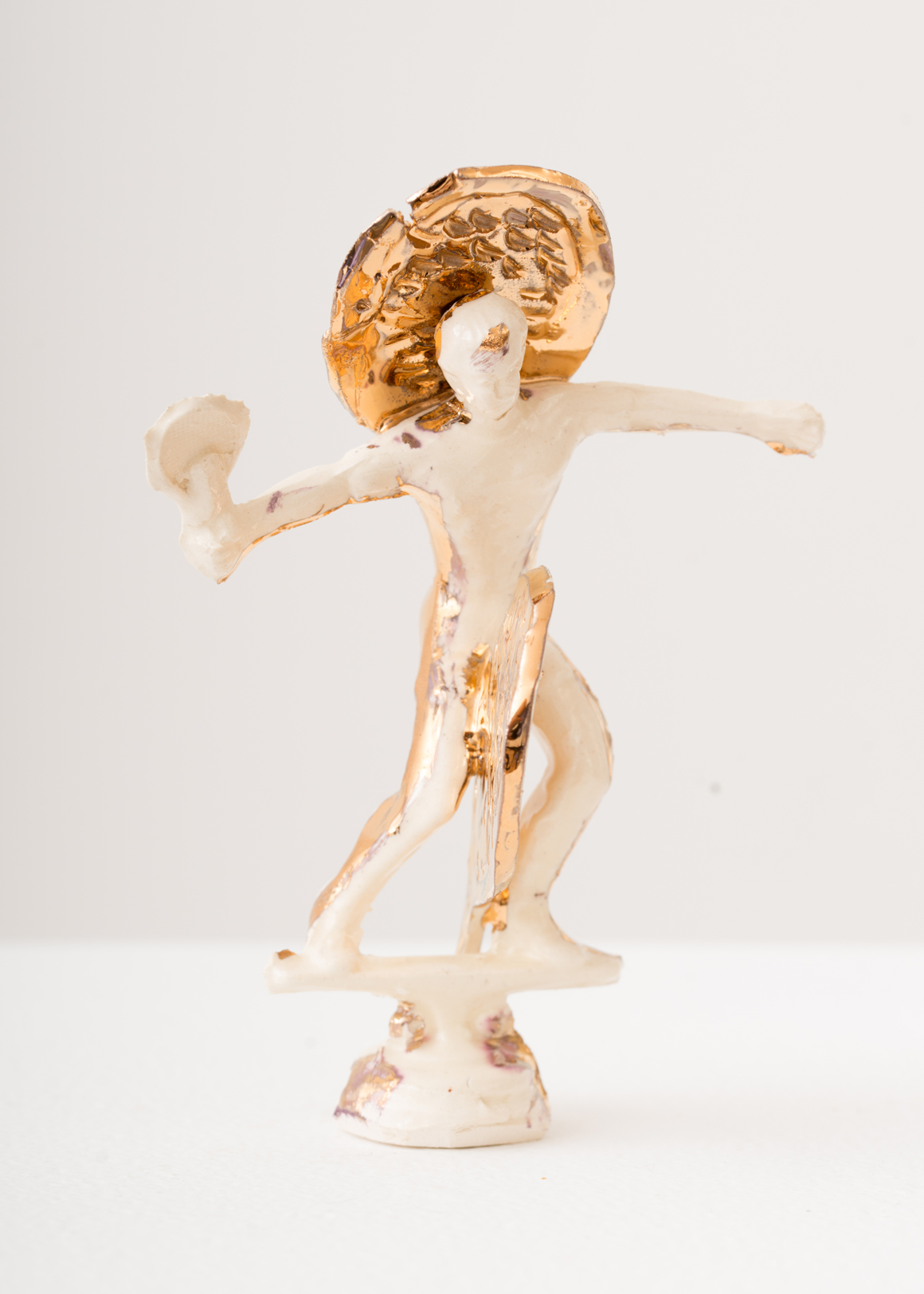 "<p><span class=""name"">Stephanie Kantor</span><br><em>Clay Surfer 12</em><span class='media'>earthenware, glaze, luster</span>5 x 2.5 x 2 in (12.7 x 6.4 x 5.1 cm)<br>2018<br><a class='inquire' href='mailto:info@gildargallery.com?subject=Artwork Inquiry SKAN0031&body=I am interested in finding out more about Clay Surfer 12 by Stephanie Kantor'>Inquire</a></p>"