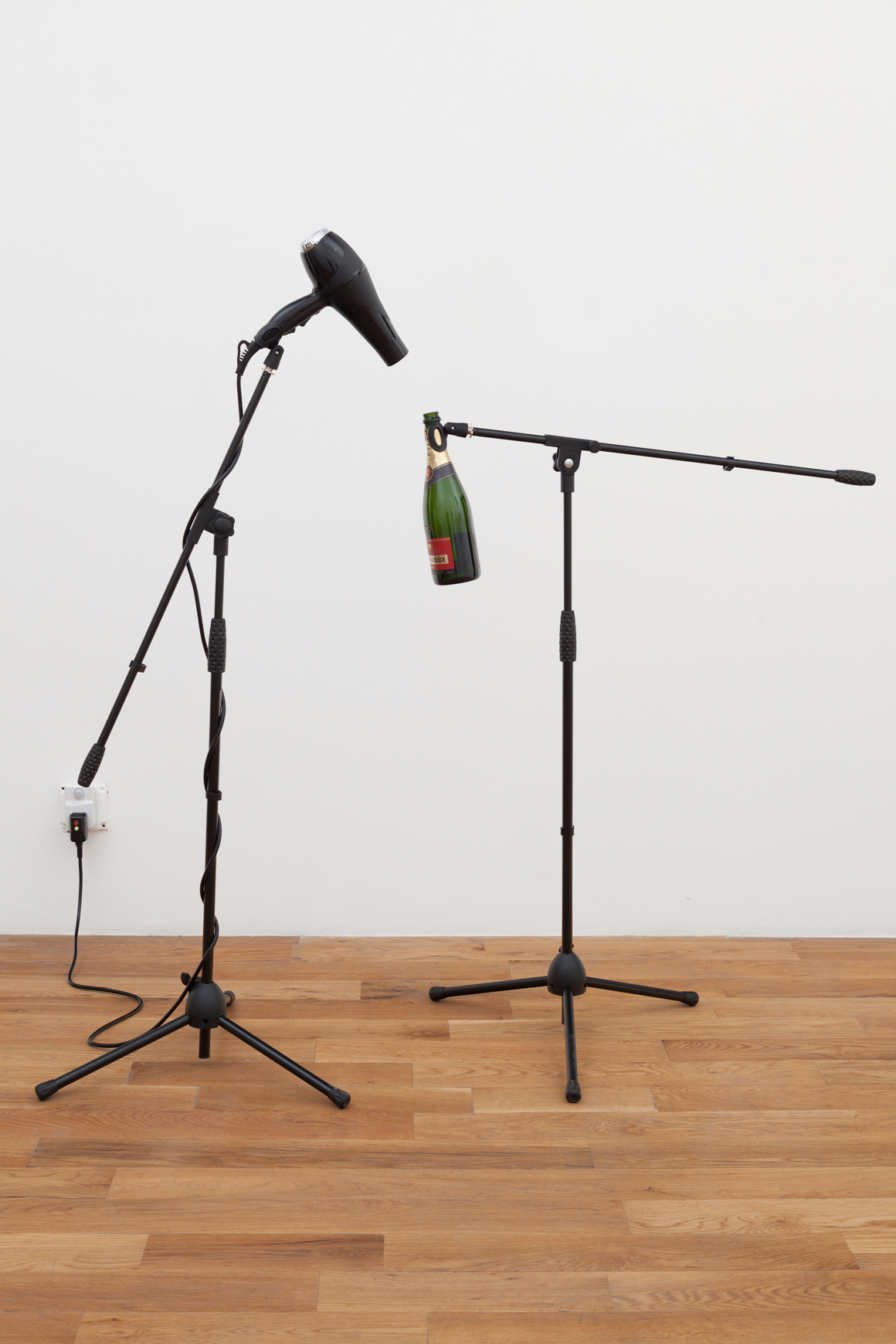 <p><em>Sirens</em><span class='media'>Microphone stands, blowdryer, champagne bottle, motion activated switch</span>Variable<br>2016<br><a class='inquire' href='mailto:info@gildargallery.com?subject=Artwork Inquiry SSCH0001&body=I am interested in finding out more about Sirens by Sarah Schönfeld'>Inquire</a></p>